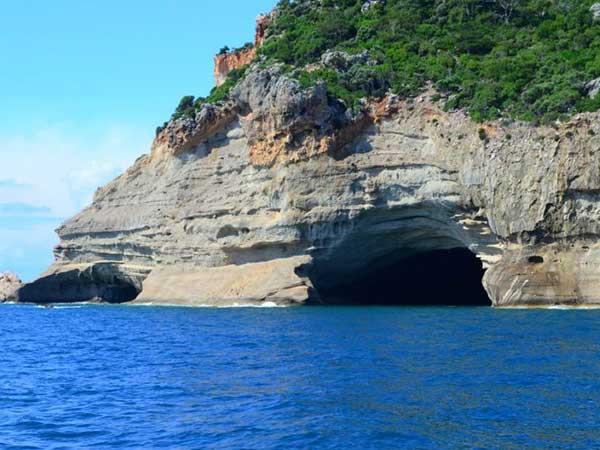 Beldibi Mağarası